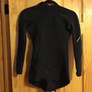 Brand new O'Neill 2mm suit